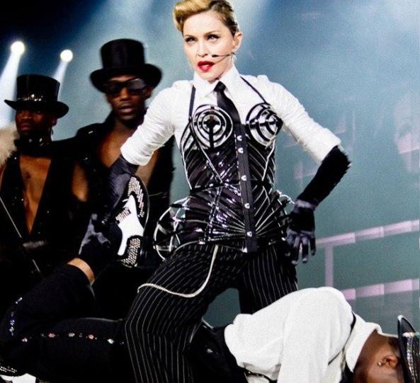 Madonna_MDNA_tour